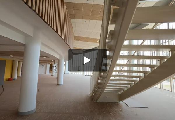 Visite du chantier de la médiathèque en drone