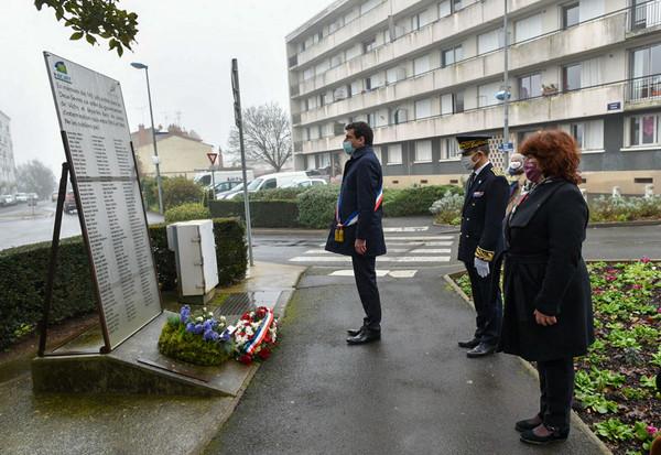 Journée internationale de commémoration en mémoire des victimes de l'Holocauste