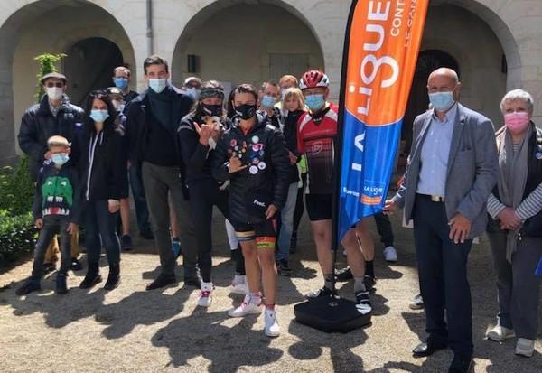Deux ex-candidats de Pékin Express à vélo contre le cancer